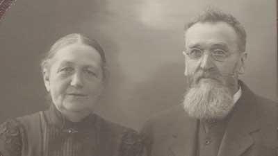 Karl Teodor Forsström yhdessä vaimonsa Olivian kanssa